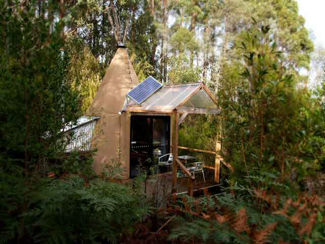 Huon-Bush-Retreats-tipee-east-external.jpg