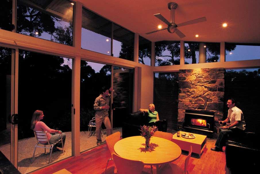 ridgetop-retreats-bedroom
