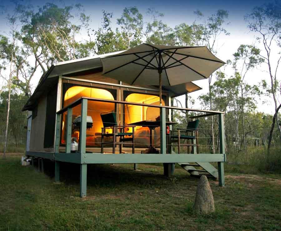 jabiru-safari-lodge-deluxe-tent-exterior