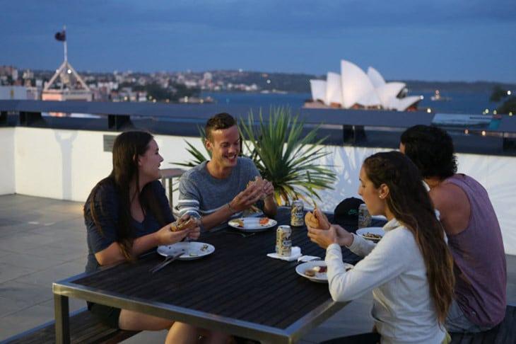 sydney-harbour-yha-rooftop-view