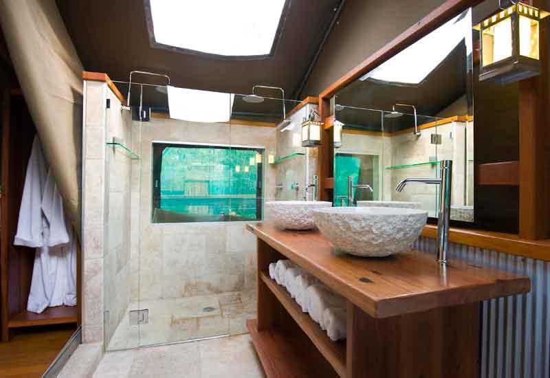 tandara-shower
