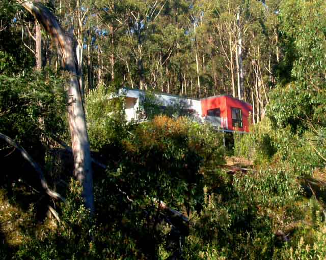 Huon-Bush-Retreats-Clifftop-Cabin