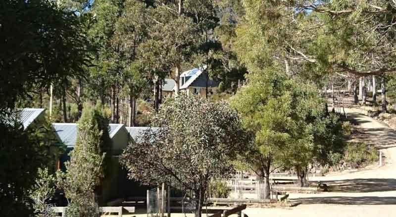 Parking area Lumera Eco Lodge