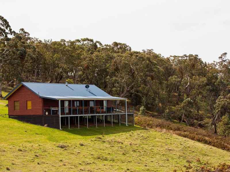 Turon gates cabin