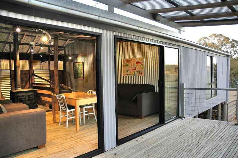 Black Sheep Inn  Deck