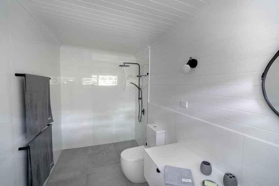 Mist-at-Cape-Tribulation Bathroom