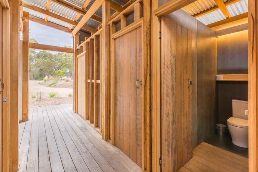 Bay-of-Fires-Bush-Retreats-Bell-Tents-communal bathroom