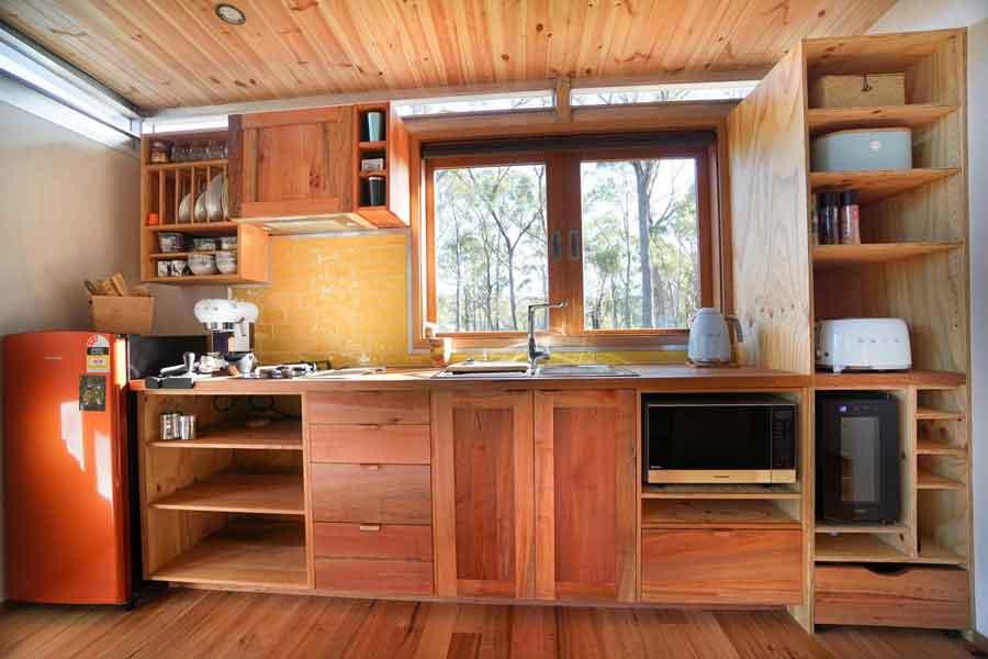 Free-Spirit-Eco-Pods-Kitchen