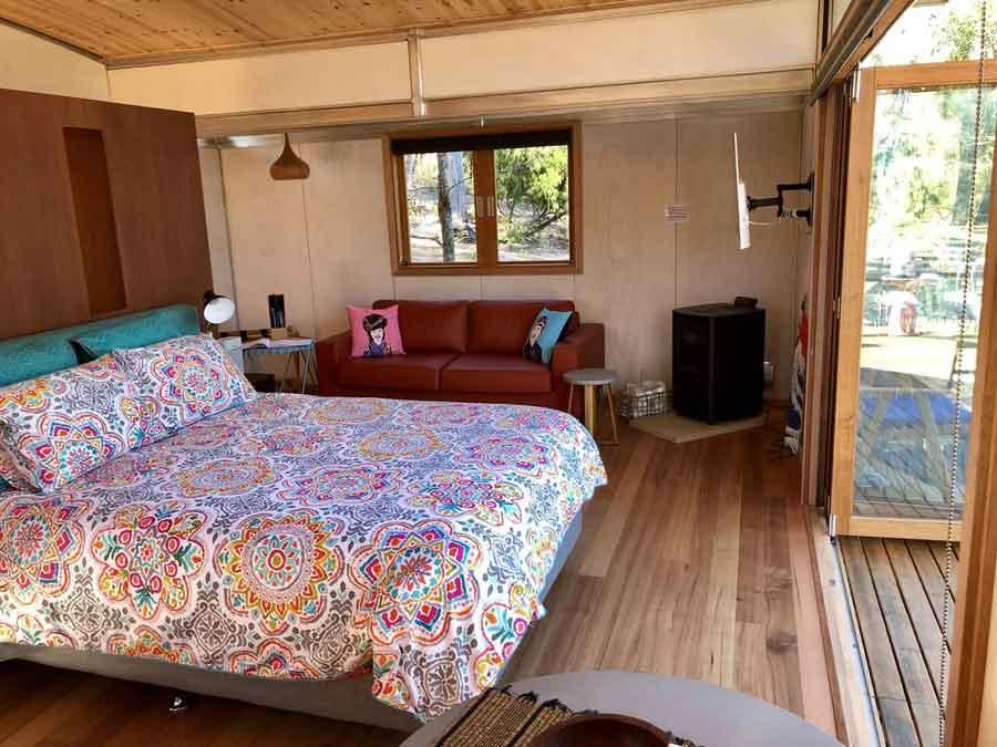 Free-Spirit-Eco-pods-bedroom