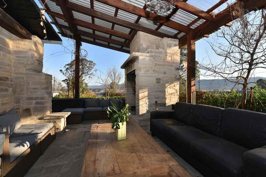 Millfield-Eco-Lodge-patio