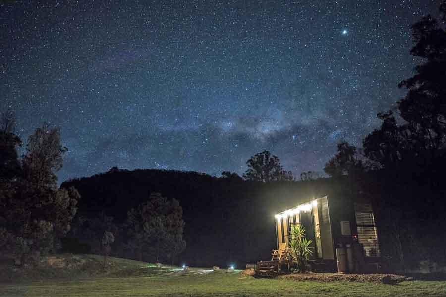 Piccolino-tiny-house-night-sky