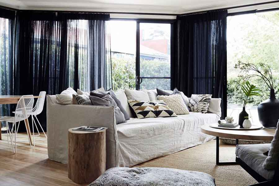 Bower House lounge room