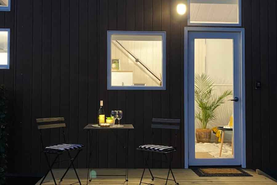 Watagan-View-Tiny-House-deck